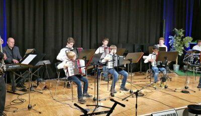 3-2-1- Neustart! Herbstkonzert des Akkordeon - Orchester Radolfzell e.V.